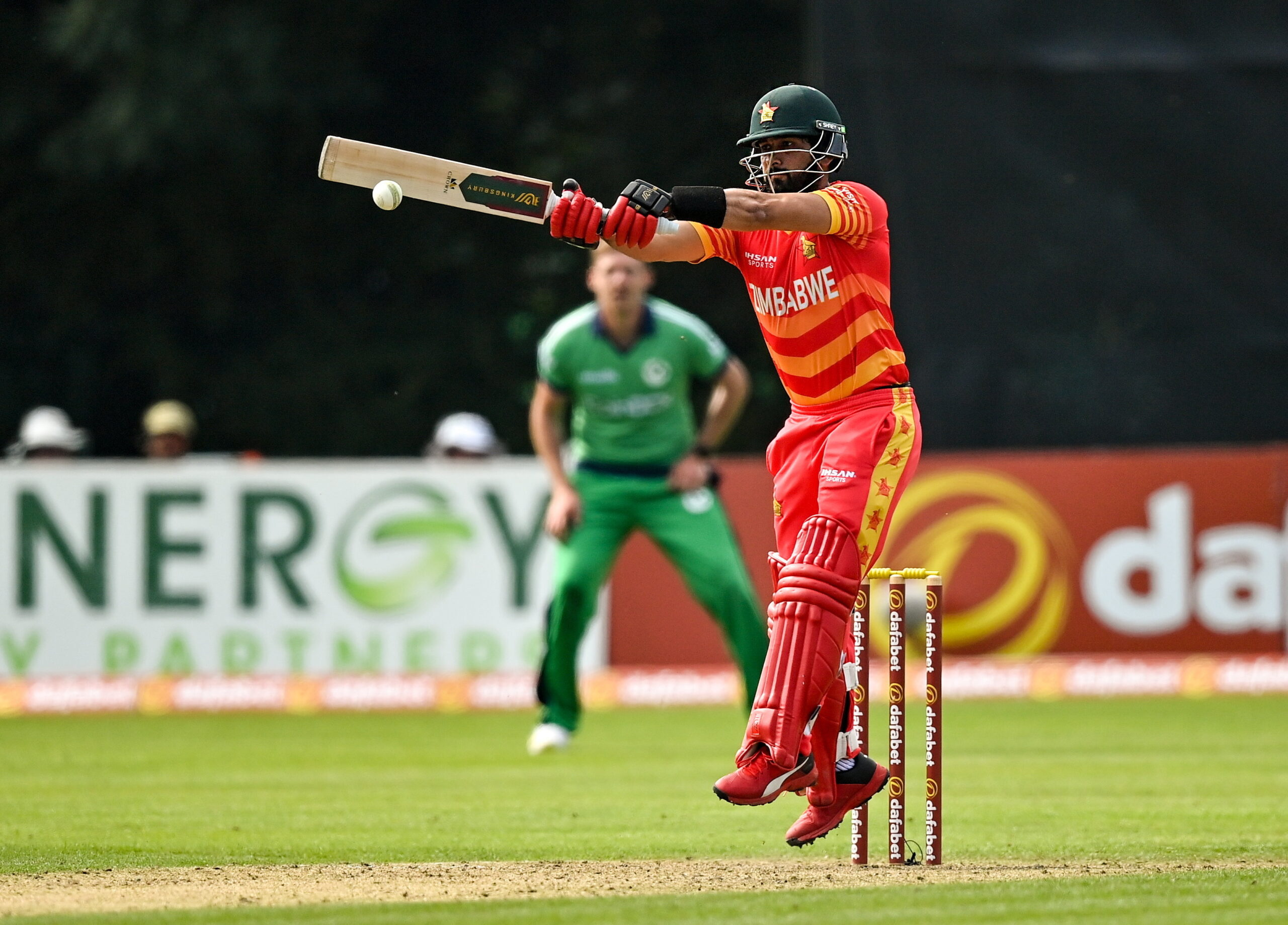 Read more about the article Zimbabwe defeat Ireland to get Super League series off to a flyer